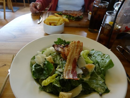 The Gateway Restaurant: Caesar Salad