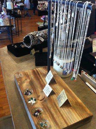 Serendipity: simple yet elegant 'LOTUS' necklaces