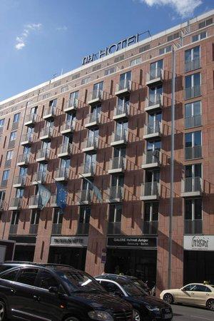 NH Berlin Mitte Leipziger Strasse: Fachada del Hotel