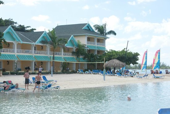 Sandals Royal Caribbean Resort and Private Island : Praia privativa do hotel