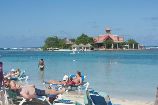 Sandals Royal Caribbean Resort and Private Island : Ilha privativa do hotel