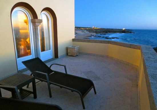 Fortaleza do Guincho : front balcony for suite 210
