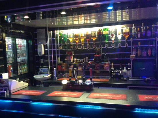 The Peerless Hotel: Our Licensed Bar