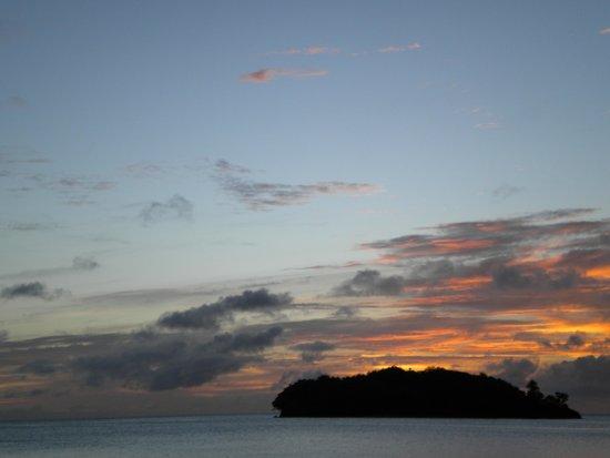 Sandals Halcyon Beach Resort: Beautiful sunset over Halcyon Beach