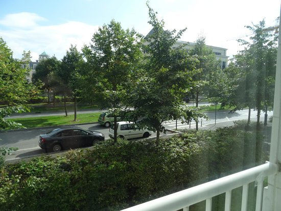 Residhome Val d'Europe : View from window - 5 minutes walk from shopping mall