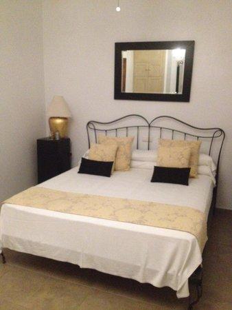 Hotel Palacio Blanco: Heerlijk bed