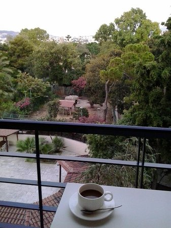 Avra City Hotel : Απογευματινό καφεδάκι στο μπαλκόνι