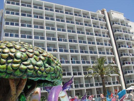 Hotel Los Patos Park: facade