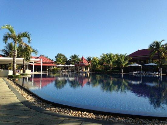Tamassa Resort: la piscine et le bar principal