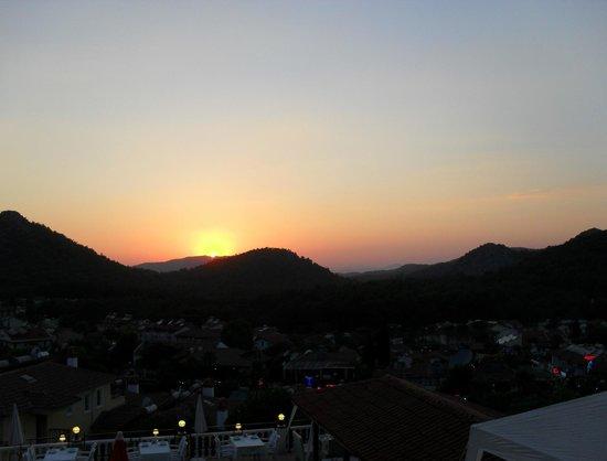PH Hotel: Sunset
