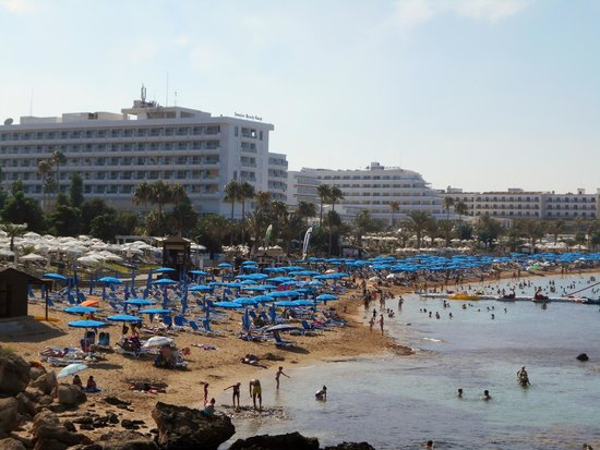 Vrissiana Beach Hotel: Beach