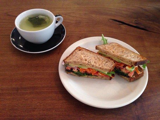 Irving Farm: Health sandwich and green tea