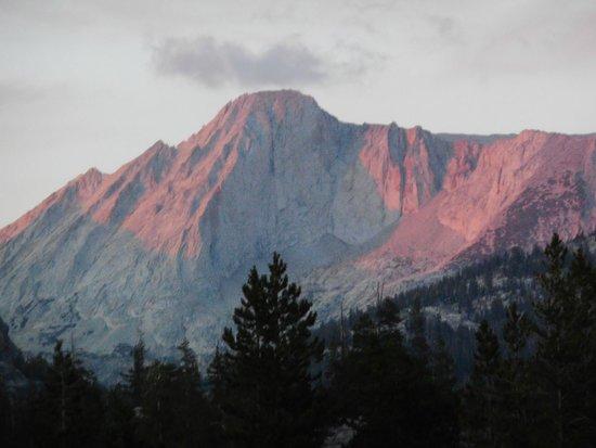 Yosemite High Sierra Camps: Sunset at Glen Aulin