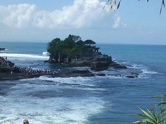 Tanah Lot Temple : nice place!!