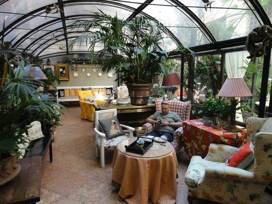 Hotel Gabbia d'Oro : Wintergarten