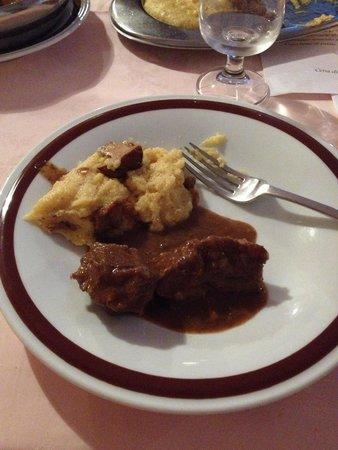 Albergo Sporting : Polenta, funghi trifolati e cervo in salmì (cena tipica)