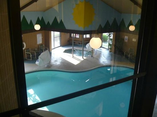 BEST WESTERN Arrowhead Lodge & Suites: Indoor pool