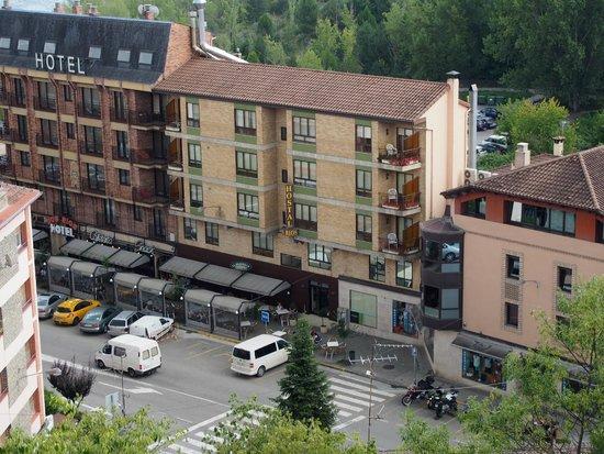 Hotel Dos Rios: a gauche l hotel