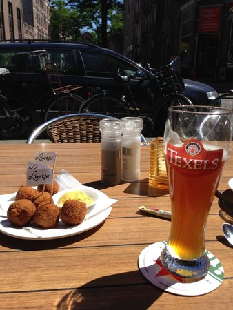 Cafe Loetje: Dutch Bitterballen and Local (ish) beer from the island of Texel