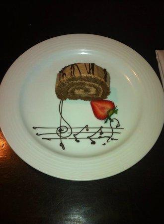 Dreams Villamagna Nuevo Vallarta: Birthday Cake