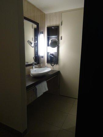 Lindner Hotel Am Belvedere: Sink area