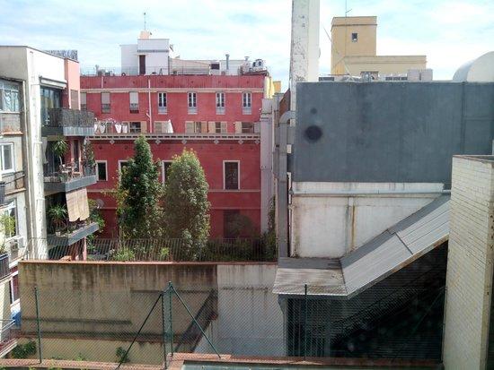 Citadines Ramblas Barcelona: Vistas desde la habitación número 400