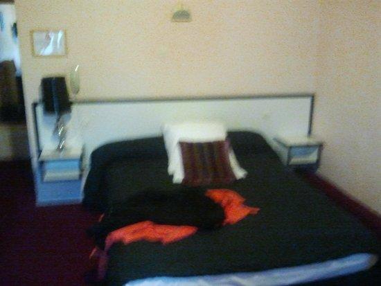 Hotel de la Paix : Très bon lit
