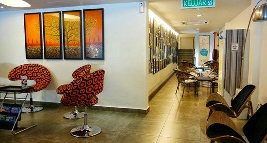 Crossroads Hotel : Lobby