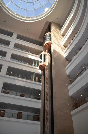 Dan Panorama Eilat : Elevators in lobby