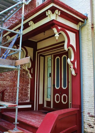 Castle Tucker : Beautiful entrance door
