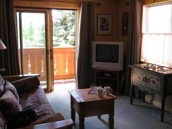 Teton View Bed & Breakfast: The lounge at Bear Den Suite