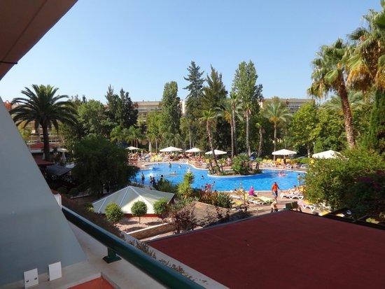 Ohtels Vil.la Romana: piscina