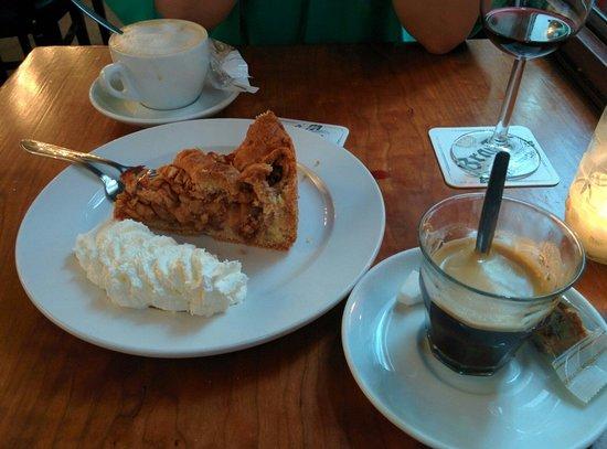 Van Kerkwijk: Splendid apple pie!