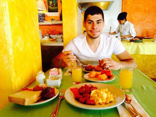 PavoReal Beach Resort Tulum: buffet de l'hotel