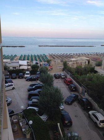 Club Family Hotel Palace Lido: la chambre vue sur mer