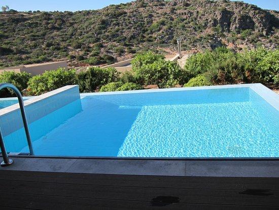 Daios Cove Luxury Resort & Villas : Deluxe vista...roccia