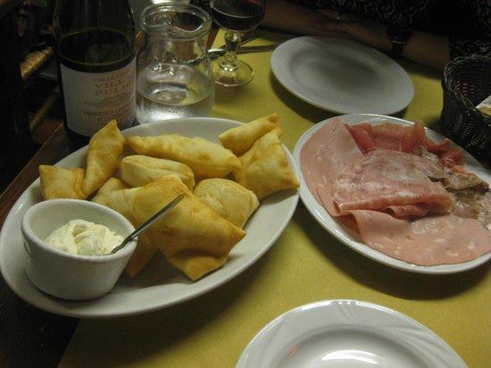Trattoria del rosso : amazing mortedella on fried bread