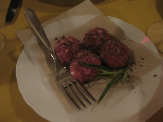 All'Osteria Bottega: raw pork sausage, very flavourful and fresh