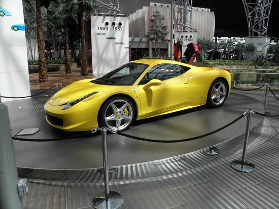 ferrari foto di ferrari world abu dhabi abu dhabi tripadvisor. Black Bedroom Furniture Sets. Home Design Ideas