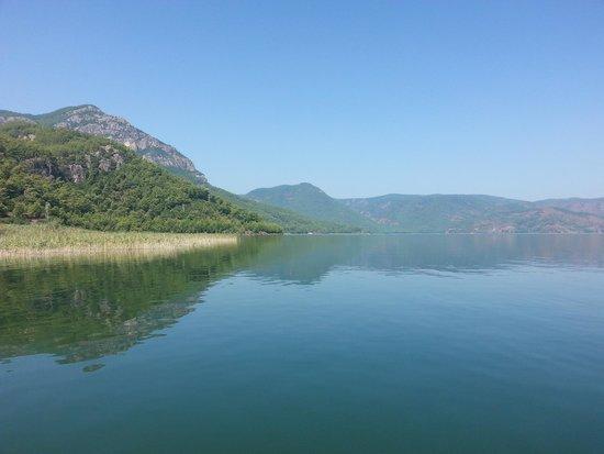 Pioneer Travel -Day Tours: Beautiful lake near Dalyan