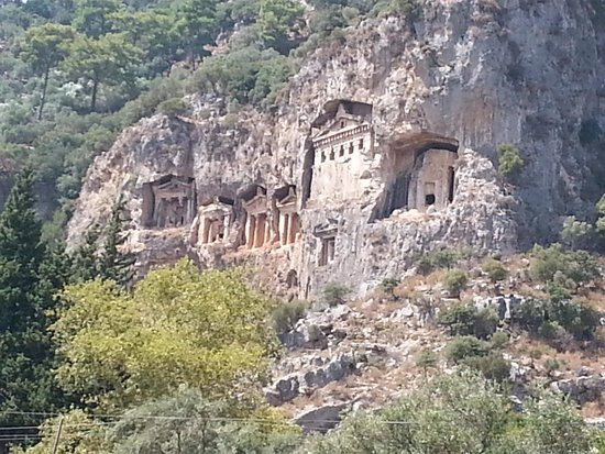 Pioneer Travel -Day Tours: The Necropolis of Dalyan