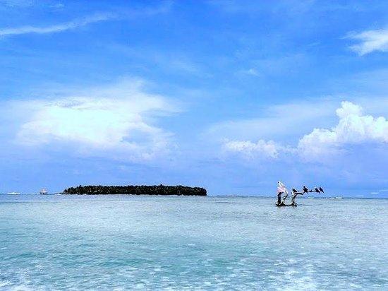 Glover's Atoll Resort: Anfahrt aufs Atoll