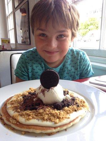 Potty pancakes: Orio pancake