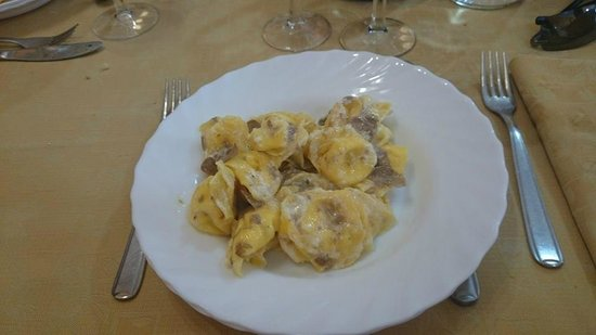 Trattoria Ciccioni: ravioli al tartufo