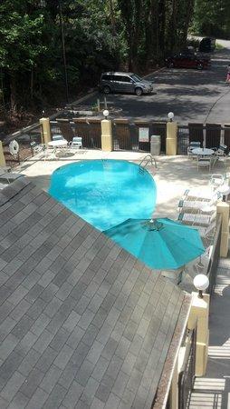 Super 8 Pigeon Forge-Emert ST: pool