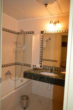 Palace Hotel: ванная
