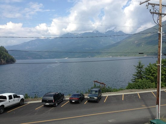 Kaslo Hotel Pub & Restaurant : View from our room