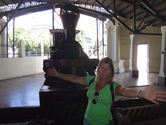 Museo de la Estacion Central del Ferrocarril Carlos Antonio Lopez : Museu da Estação de trem