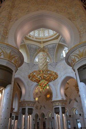 Mosquée Cheikh Zayed : interior