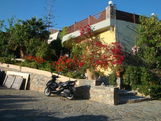 Villa Galini : arrivée à la villa